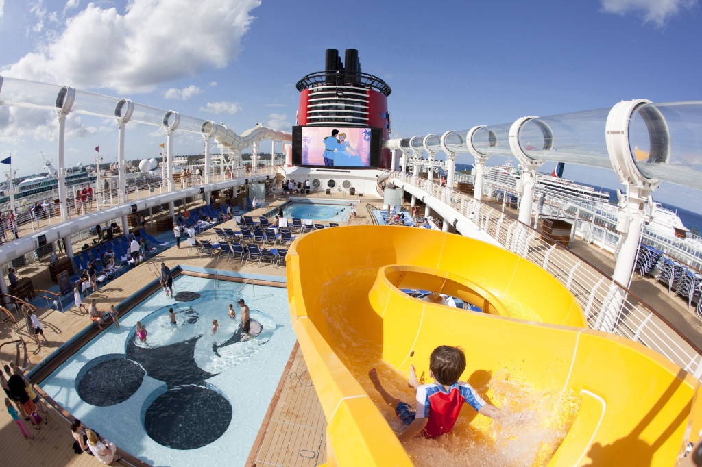 Fabuloso Tobogán en Disney Dream Cruise